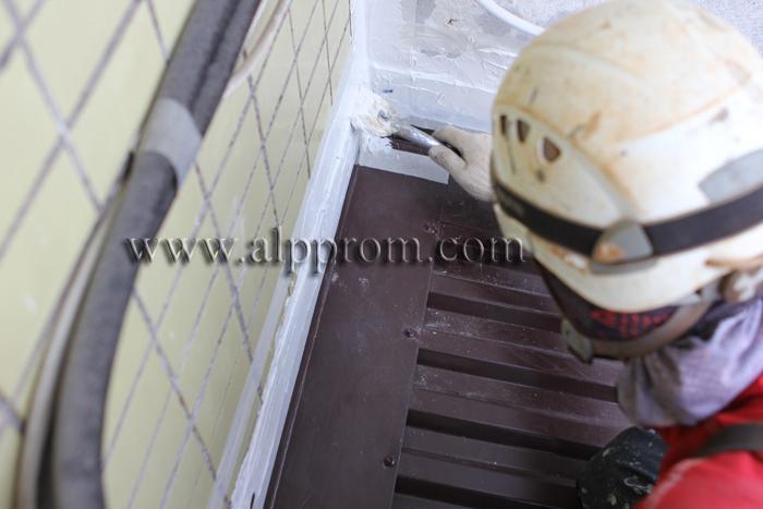 Герметизации швов деревянного дома